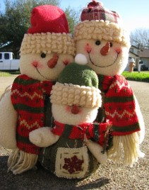 87679SNF-Snowman Cloth Family