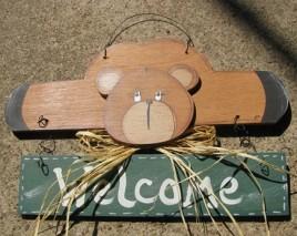 9001G - Welcome Bear Green Banner