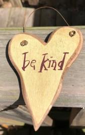9003BEK - Be Kind wood Heart cream