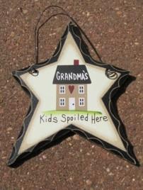 wd812 - Grandma's Kids Spoiled Here wood heart